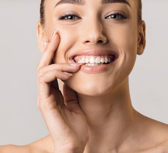 ¿Se puede corregir la sonrisa gingival?