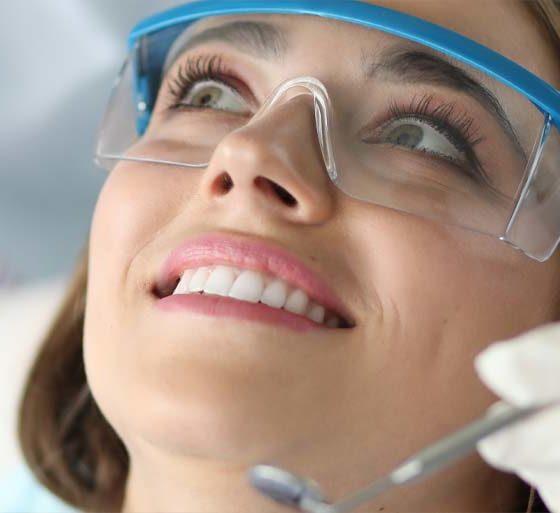 Odontología conservadora. Clínica dental maestro.