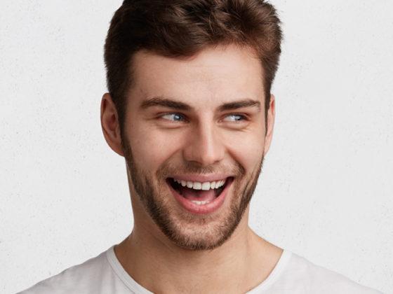Corregir los dientes sin brackets es posible. Clínica Maestro, especialistas en ortodoncia en Oviedo.