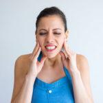 clinica dental maestro. Paciente sufre de bruxismo y apnea del sueño