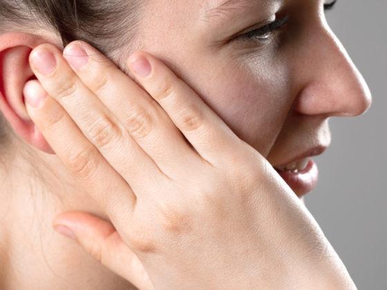 Clínica dental Maestro. El sangrado de encías es un problema que no se puede dejar pasar
