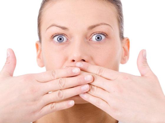 Clínica dental en Oviedo Maestro. El mal aliento puede evitarse siguiendo nuestros consejos